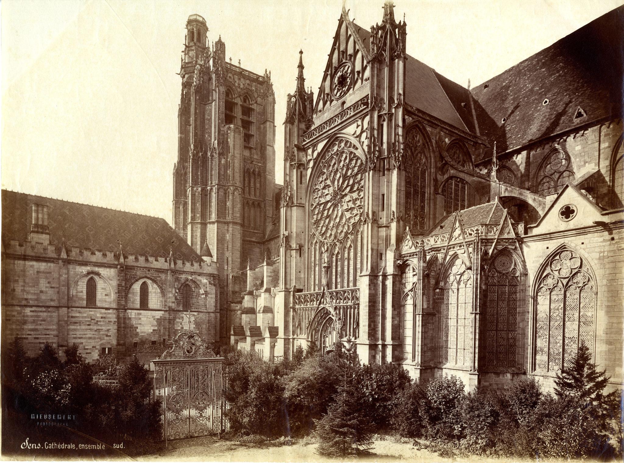 Portail sud de la Cathédrale Cl. S.-M. Mieusement